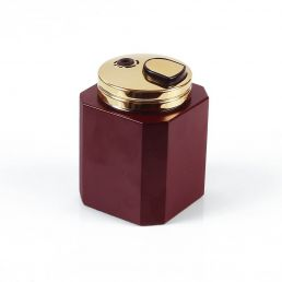 BURGUNDY SQUARE TABLE LIGHTER