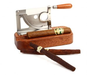 GUILLOTINE TABLE CIGAR CUTTER